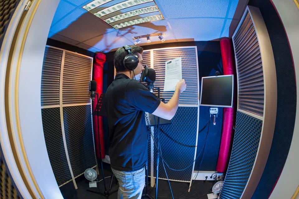 soundlarge Sprecherkabine