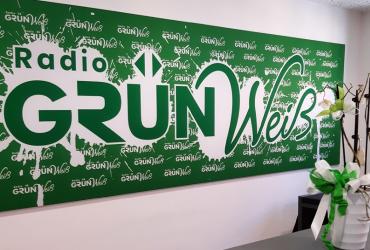 Radio Grün Weiß Banner